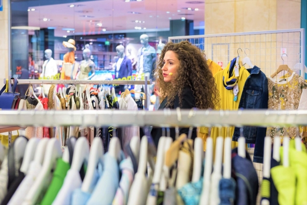 shopping tips from a fashion stylist